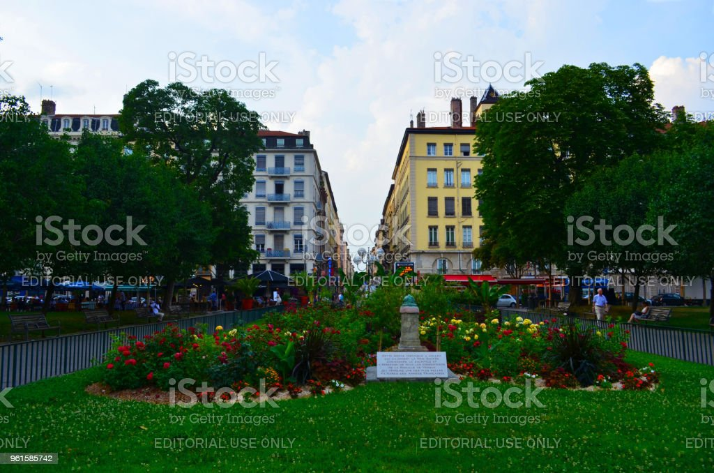 Place Carnot Square, Le Lutin Park in the 2nd Arrondissement in Lyon, France – zdjęcie