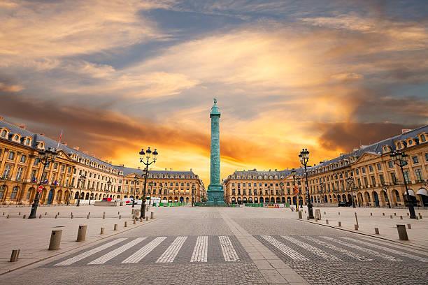 ヴァンドーム広場、パリ - 記念建造物 ストックフォトと画像