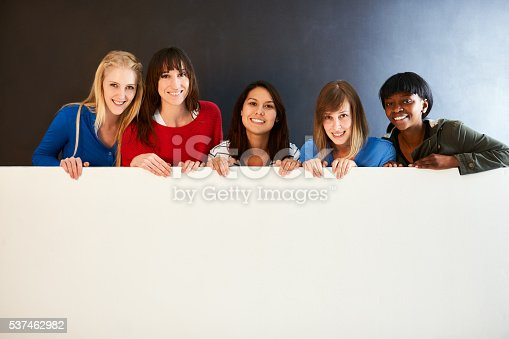 istock Place your message here 537462982