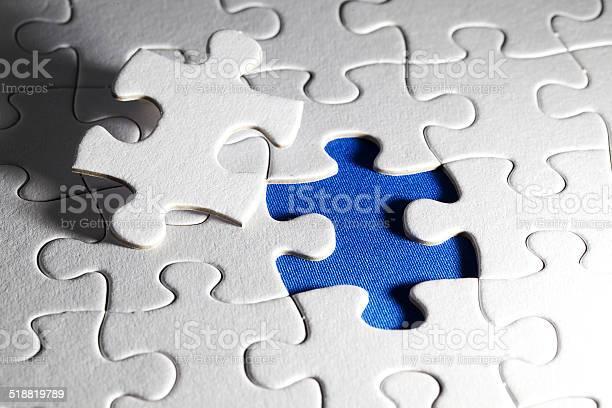 Plain white jigsaw puzzle on blue background picture id518819789?b=1&k=6&m=518819789&s=612x612&h=yncydeo4jwjfdlntql15cws 7kiz2jxhhkwgn3ncrta=
