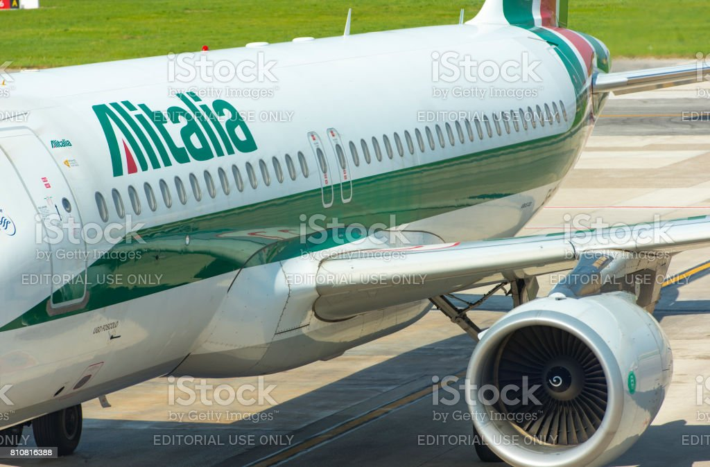 Plane of Alitalia, taxiing before take off in Naples airport in Italy - foto stock