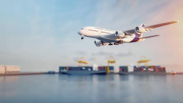 Camiones de plano están volando hacia el destino con el más brillante. - foto de stock