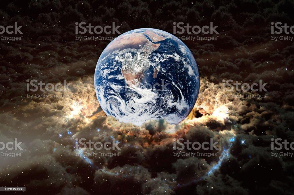 周囲 地球 の