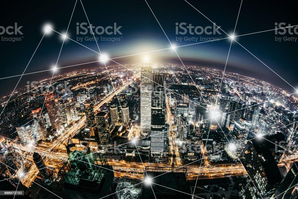 Planet-Smart-City bei Nacht – Foto