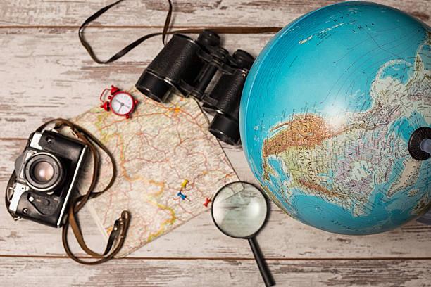 planen sie die nächste reise - kartographie stock-fotos und bilder