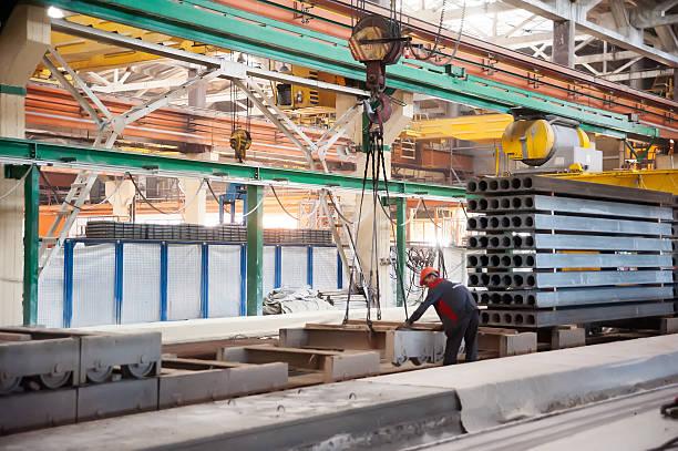 plant von ferroconcrete produkte - betonwerkstein stock-fotos und bilder