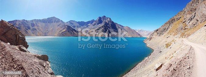 istock Plaster Reservoir, Cajon del Maipo. 1295555433