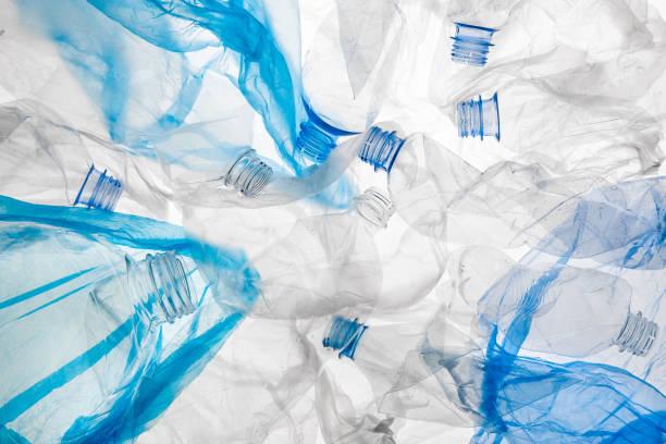 plast flaskor och påsar mönster - pet bottles bildbanksfoton och bilder