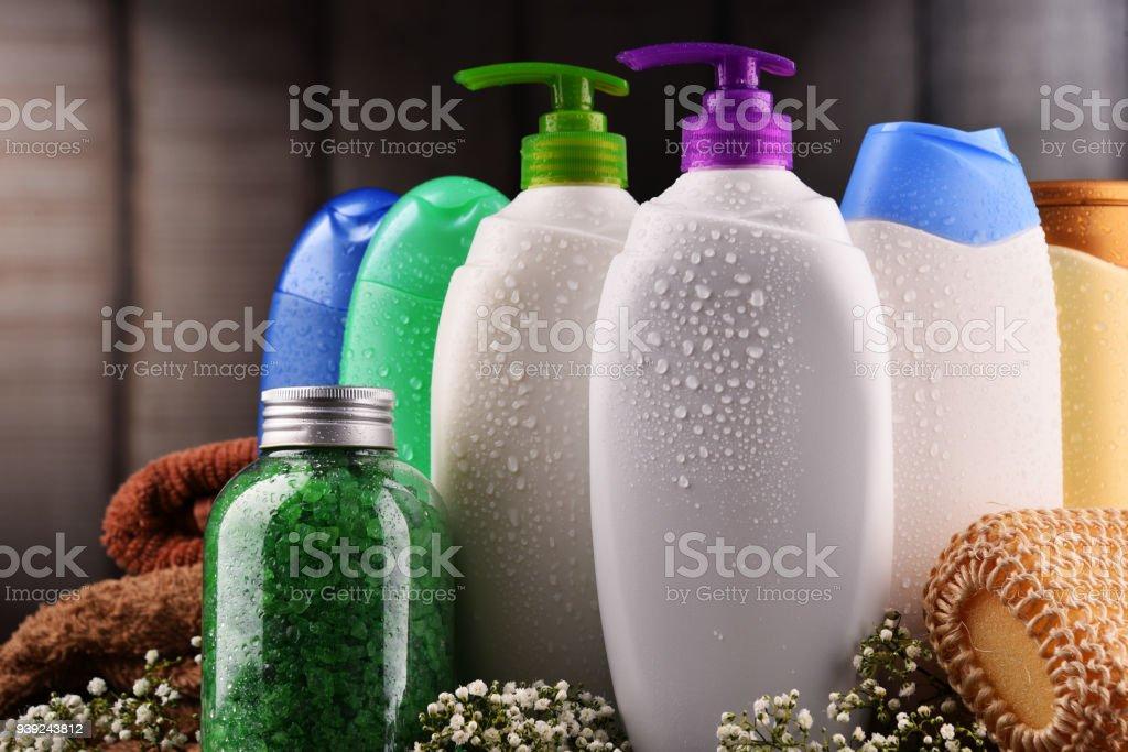 Kunststoff-Flaschen Körperpflege und beauty-Produkte – Foto