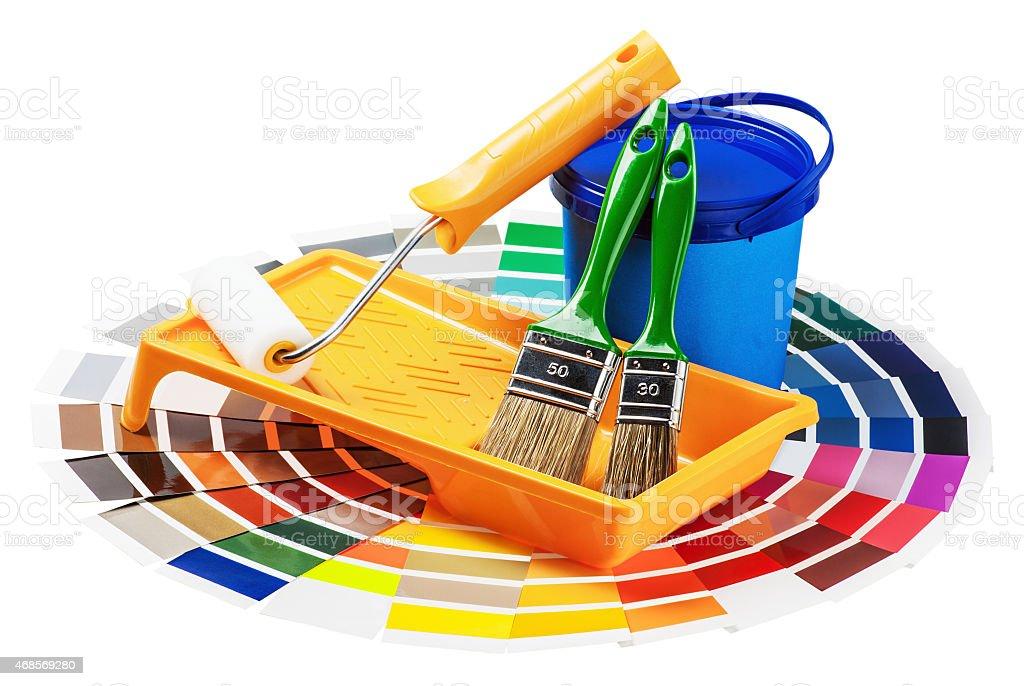 Kunststoff können mit Farbe und roller und Pinsel – Foto