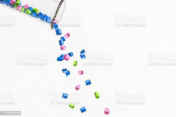 Kunststoffgranulaten Polymergranulat Polymeren Farbstoff Farbstoffpellets Stockfoto und mehr Bilder von Plastikmaterial