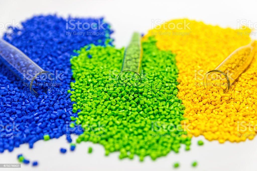 Fotografía de Gránulos De Plástico Colorante Polimérico Gránulos De ...