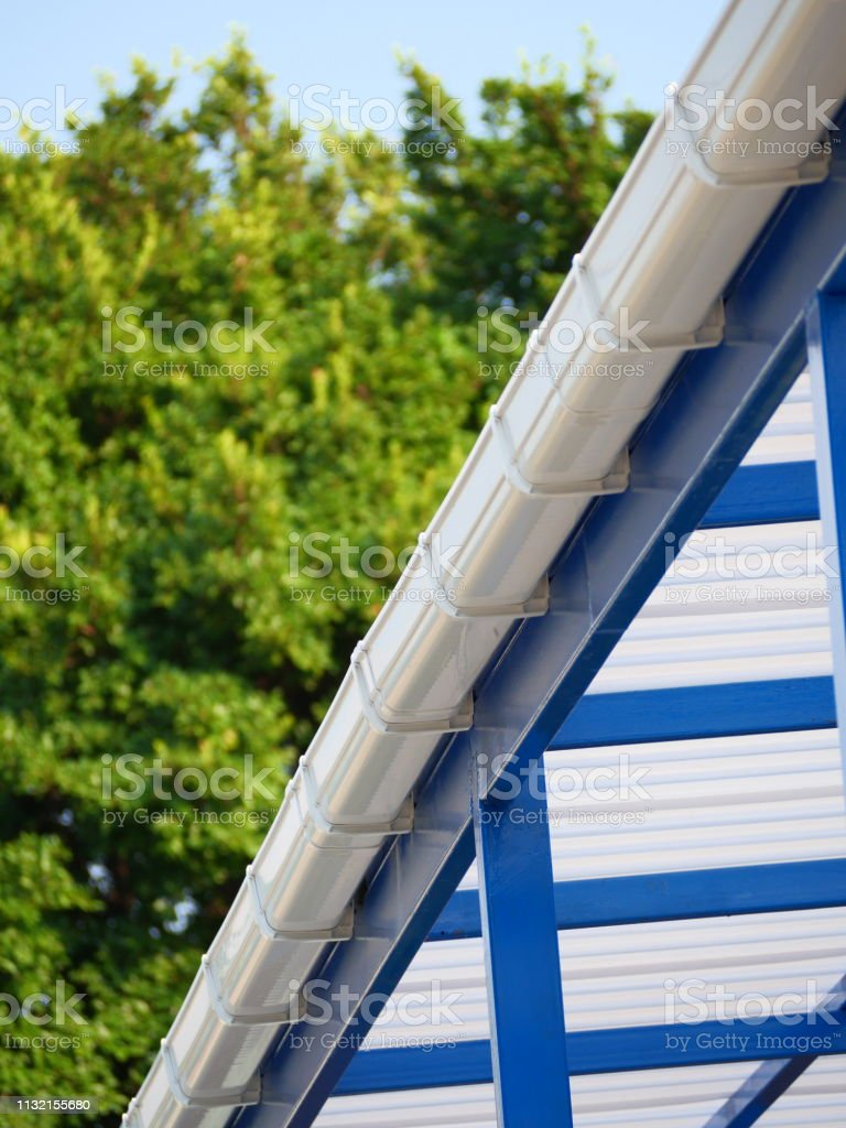 Aluminum, Residential Building, Built Structure, Metal, Rooftop