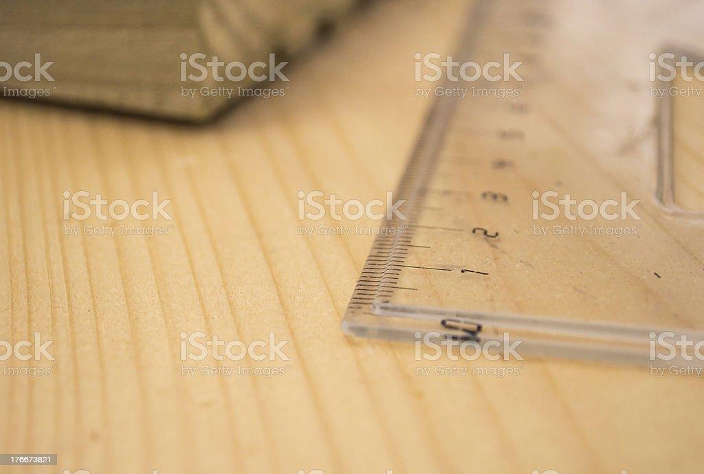 Medición de madera foto de stock libre de derechos