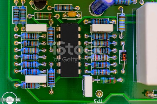 istock Plate of electronic components 541278186
