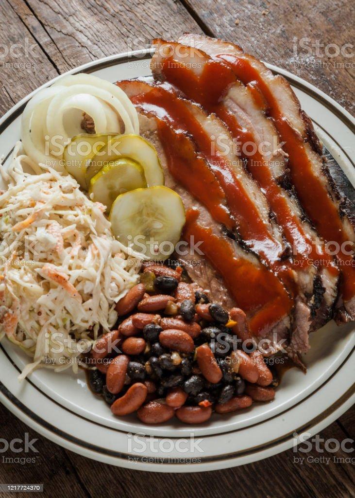 Delta Vs. Southwest Vs. Ozark BBQ - The Free Weekly