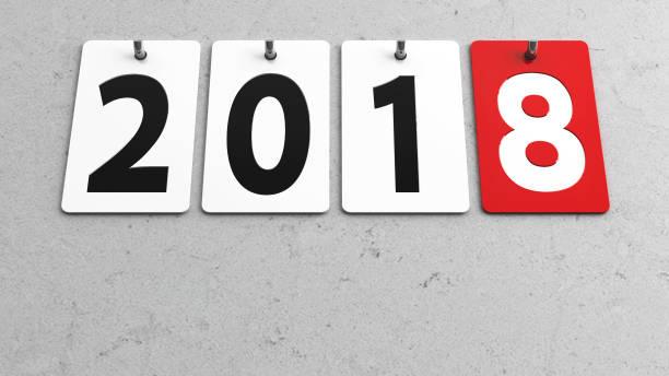 platten-2018 an wand - sprüche kalender stock-fotos und bilder