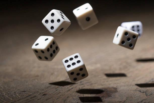 play a game with dice - gioco dei dadi foto e immagini stock