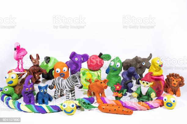 Play clay world figures made from plasticine picture id924107890?b=1&k=6&m=924107890&s=612x612&h=cp 6jhmc dbfkooafrt w7zkwo s9kt4aqzdkwl2rqy=