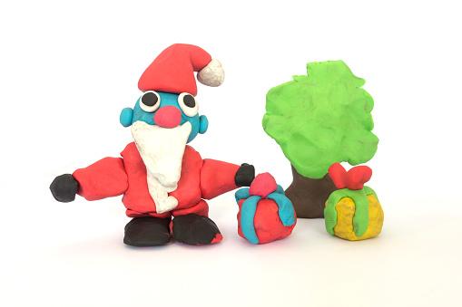 Doh Sculptuur Van De Kerstman Spelen Op Witte Achtergrond Stockfoto en meer beelden van Bal