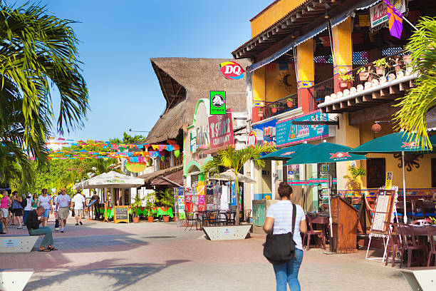 playa del carmen tourist district, mayan riviera, mexico shops, restaurants - playa del carmen stock photos and pictures