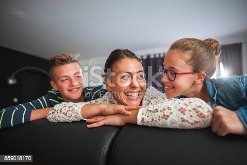 172407626 istock photo Playful young family 859018170