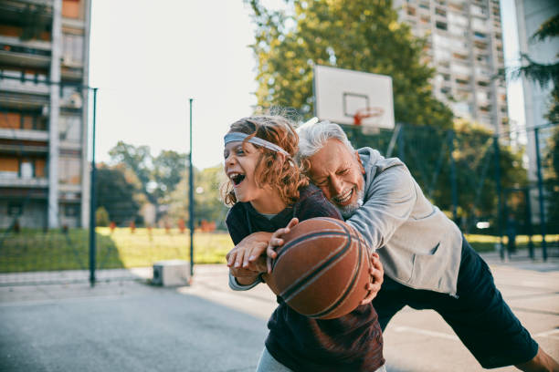 Playing Basketball - foto stock