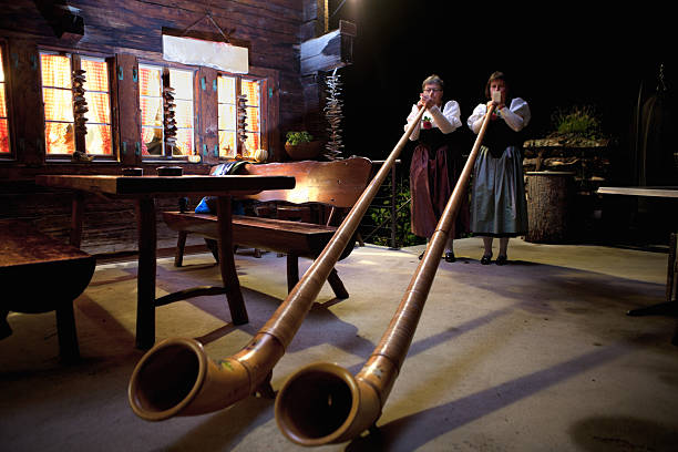 Spielt die Alpenhorns – Foto