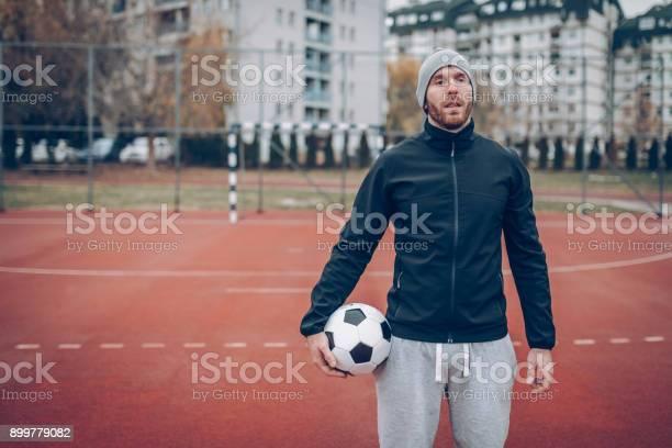 Playing with ball picture id899779082?b=1&k=6&m=899779082&s=612x612&h=t9vkkvichlcg5pl gjup5j4xqrtxzp9rsyx66odjote=