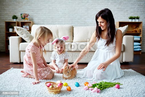 istock Playing with Easter bunny 536409595