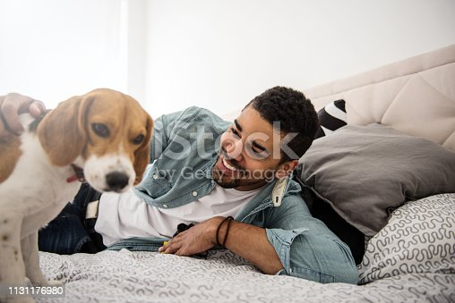 istock Playtime in bed 1131176980