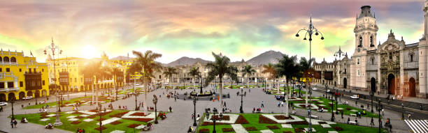 Plaza de armas de lima picture id955974286?b=1&k=6&m=955974286&s=612x612&w=0&h=zyaatsudx7thvbcfx6qmjmfezkfieo8d uf pqxr9gc=