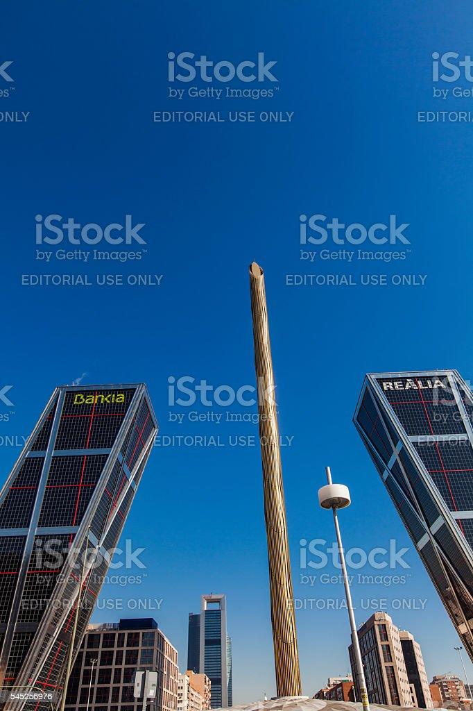 Plaza de Castilla con Torres Puerta de Europa en Madrid, España - foto de stock