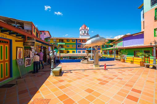 Plaza de Zocalos Guatape Colombia