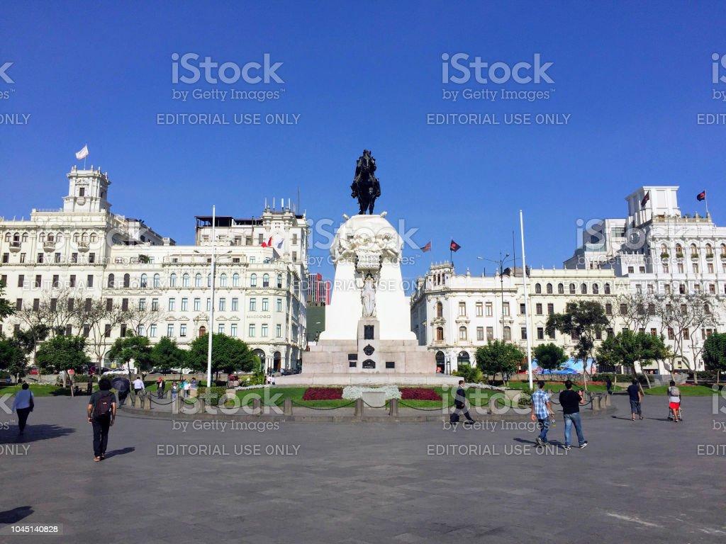 San Martin Plaza Foto De Stock Y Más Banco De Imágenes De