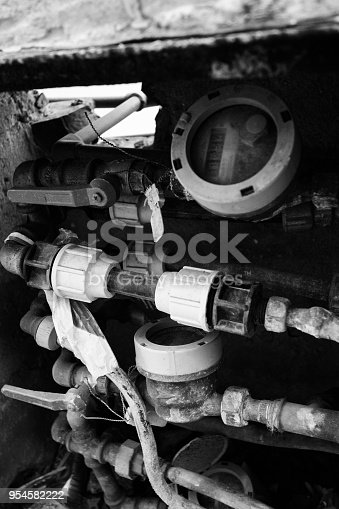 181530805istockphoto Plumber Pipes and Gas system 954582222