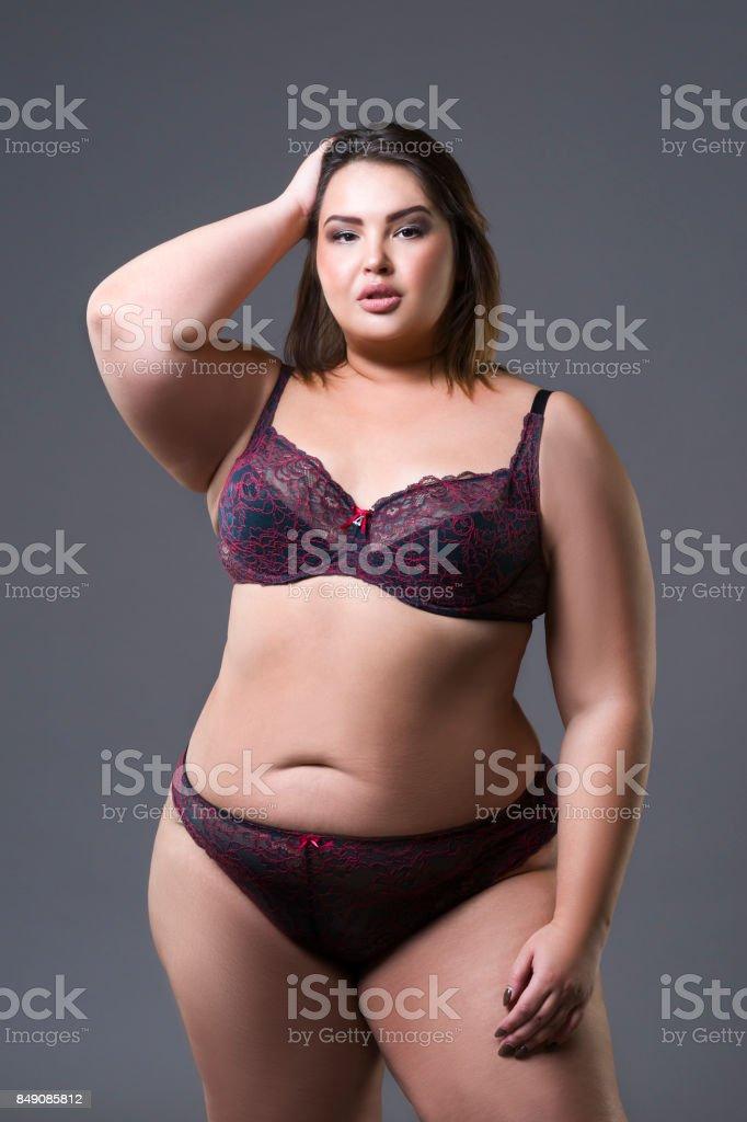 Irainain ladies love suck pussy picture