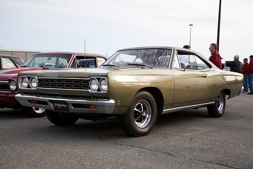 Plymouth Roadrunner Stock Photo - Download Image Now - iStock