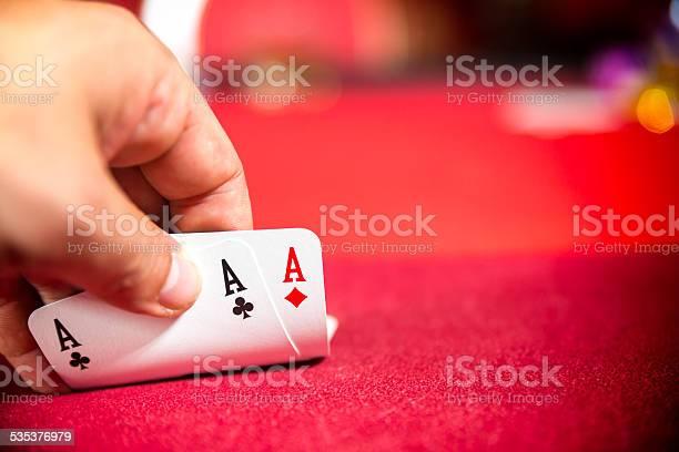 Pocket aces picture id535376979?b=1&k=6&m=535376979&s=612x612&h=0ypehww469djf1czyw8 dvggd4jsw s j5p8d7fdrws=
