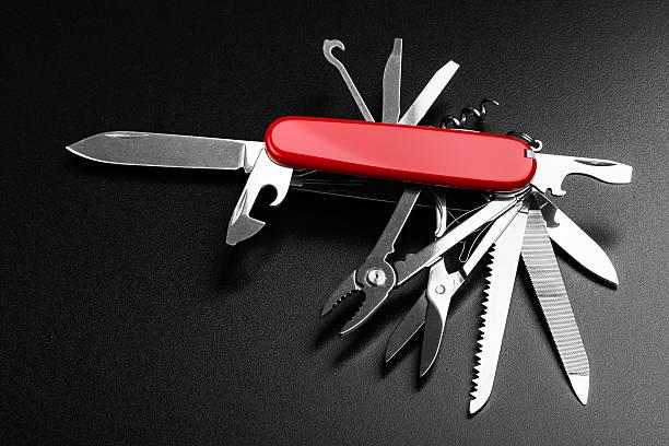 Tasche Schweizer Messer vollständig geöffnet – Foto