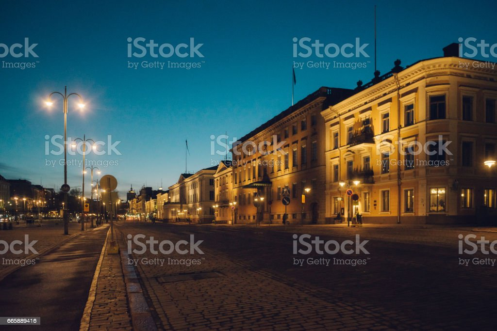 Pohjoisesplanadi street by night, Helsinki – Foto