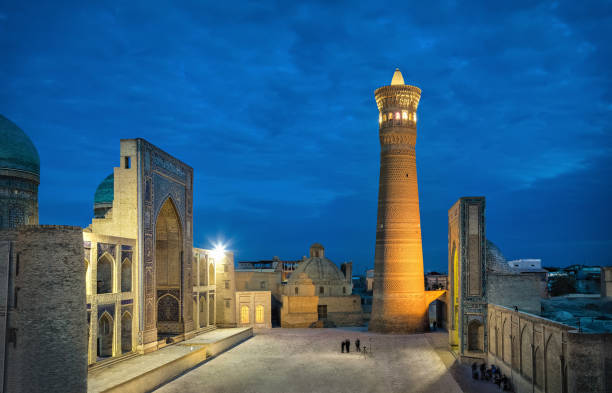 Poi Kalan - religious complex located around the Kalan minaret in Bukhara Poi Kalan at dusk - an islamic religious complex located around the Kalan minaret in Bukhara, Uzbekistan minaret stock pictures, royalty-free photos & images