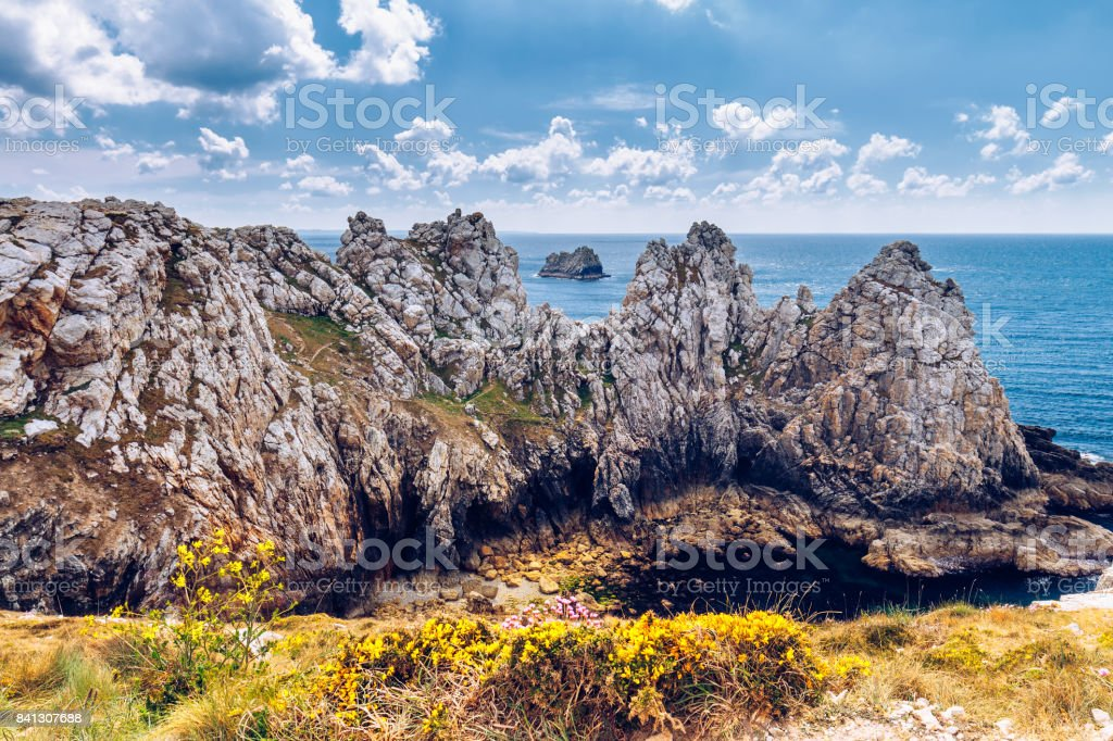 Pointe du Pen-Hir on the Crozon peninsula, Finistere department, Camaret-sur-Mer, Parc naturel regional d'Armorique. Brittany (Bretagne), France. stock photo