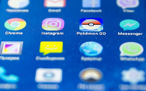 pokemon go game - black pikachu stock-fotos und bilder