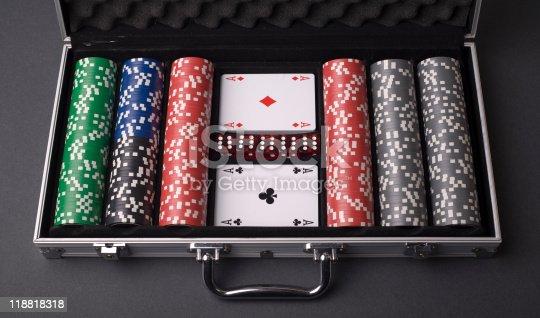 istock Poker set box 118818318