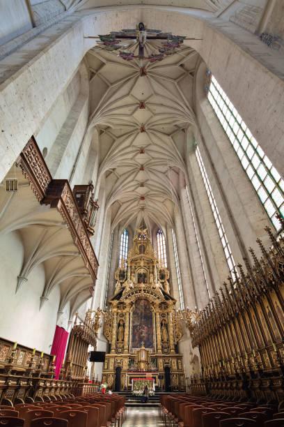poland, krakow. st catherine's church interior. - low angle view foto e immagini stock