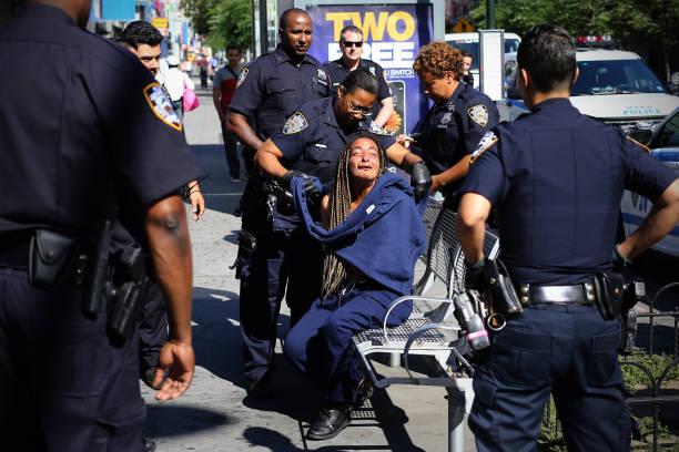 Polizeifestnahme in Brooklyn – Foto