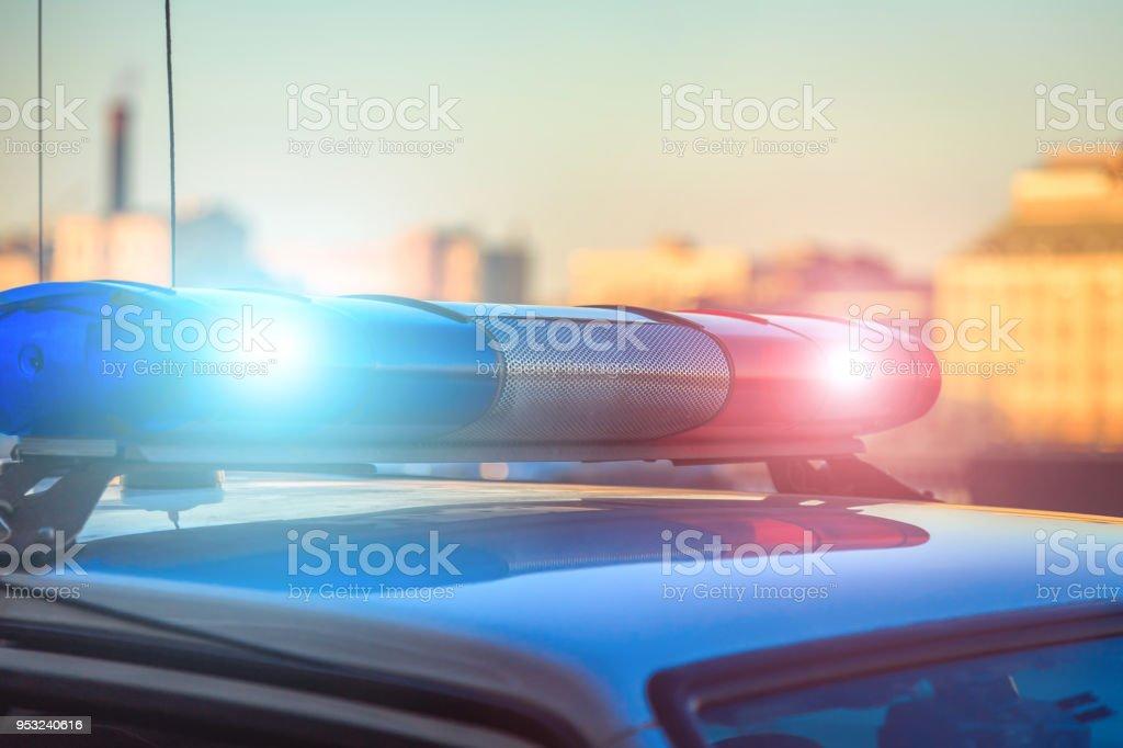 voiture de police sur la rue bouchent - Photo