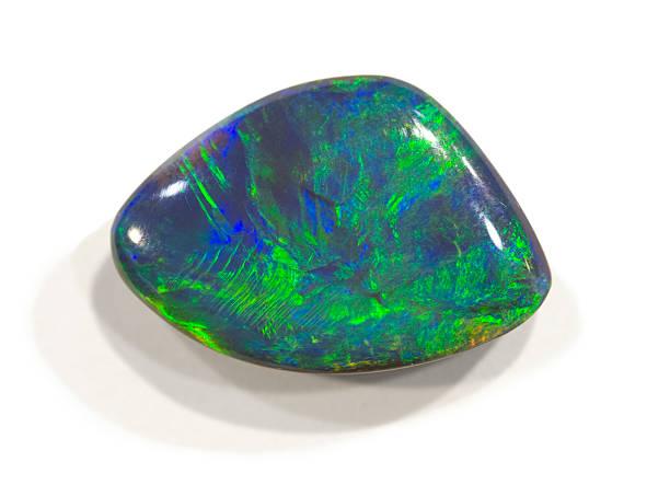 Polierte opal von Lightning ridge, Australien ist. 2 cm breit. – Foto