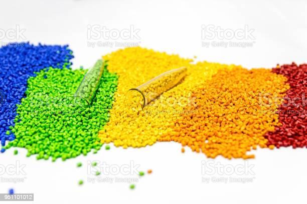 Polymeren Farbstoff Kunststoffpellets Pigment In Das Granulat Stockfoto und mehr Bilder von Granulare Materie